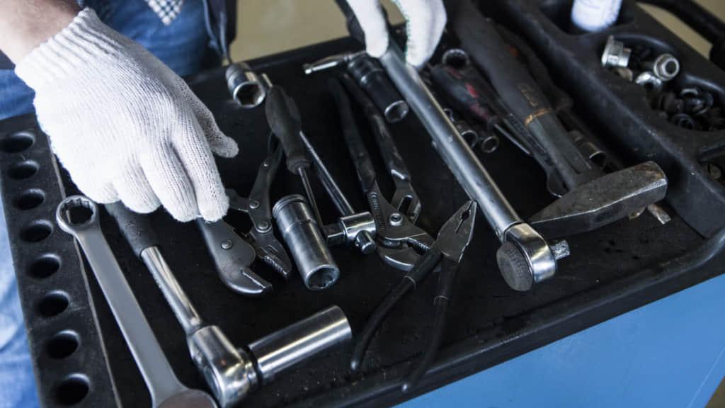 自動車工具