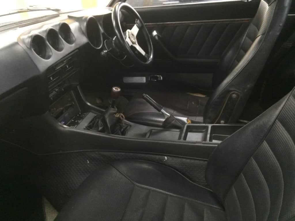車の内装のチェック