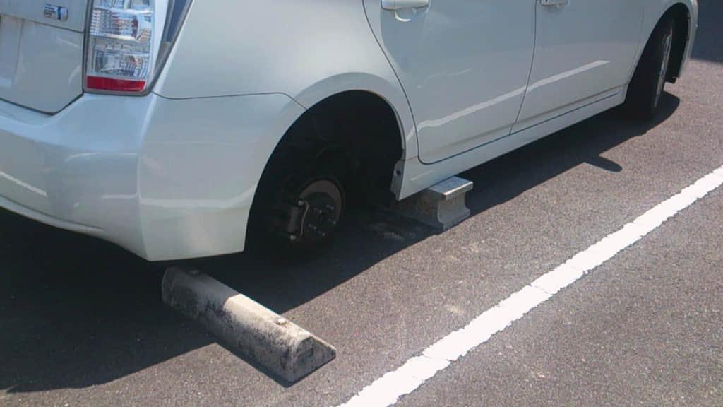 タイヤのないプリウス