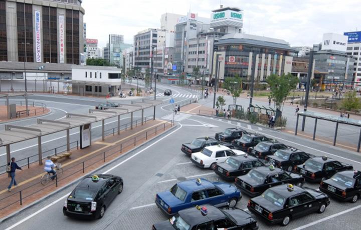 駅 タクシー乗り場