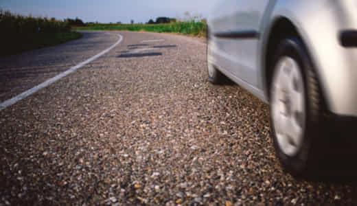 車のロードノイズ対策3つ!低減マットやタイヤを駆使しよう!