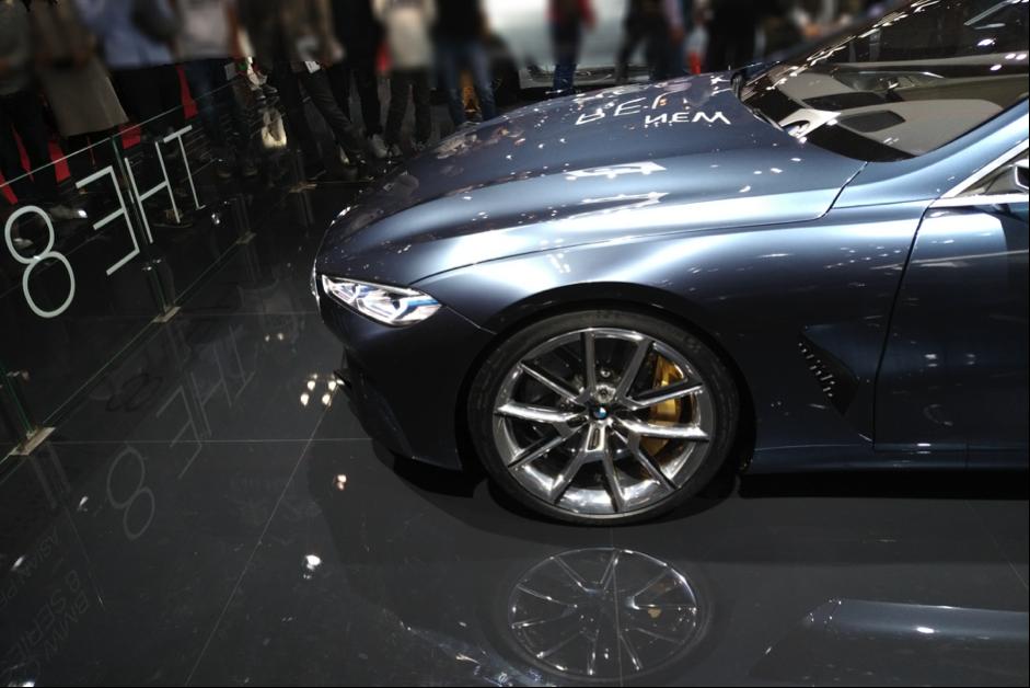 BMW8シリーズのタイヤ