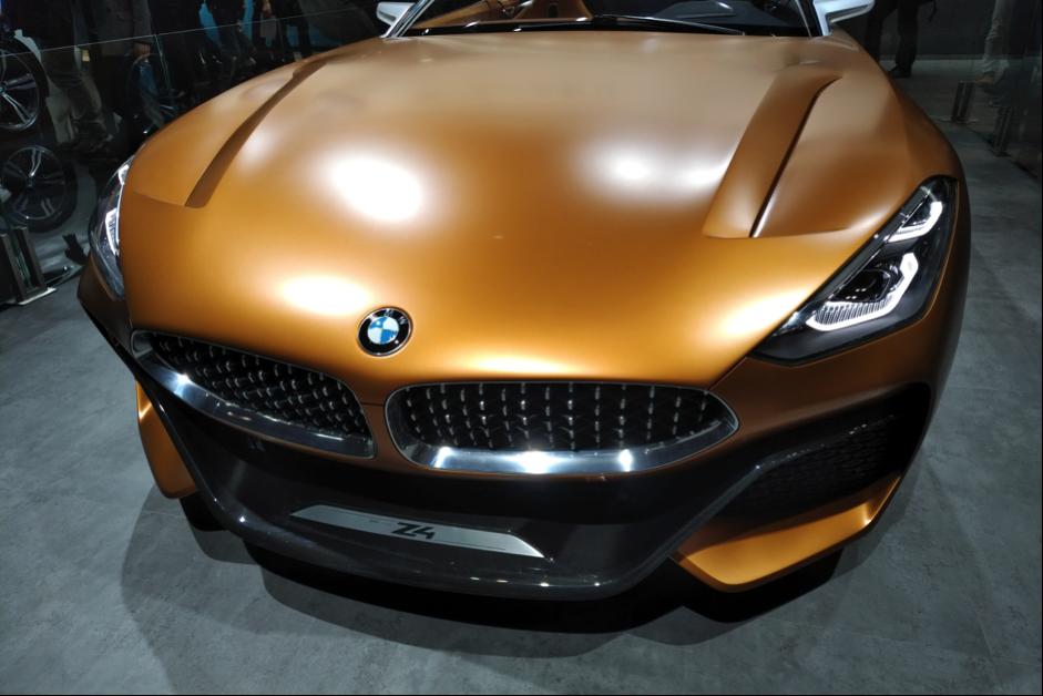 BMW Z4次期型のフロントグリル