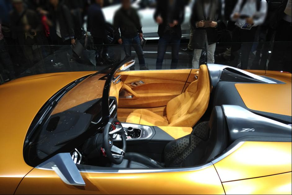 BMW Z4次期型のシート