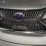 LEXUS LS500のフロントグリル2