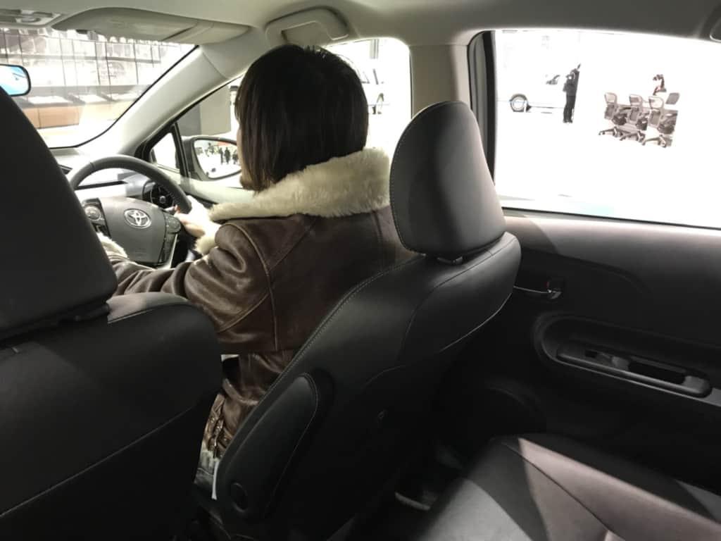 アクアの運転席のリア側