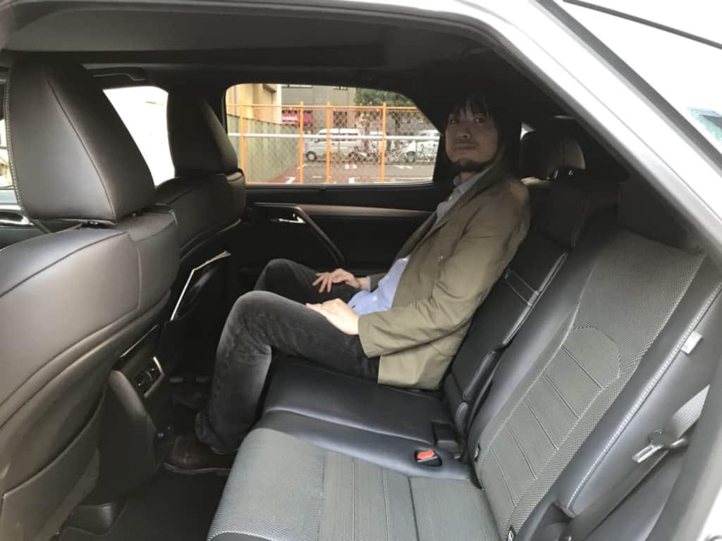 レクサスRXの後部座席の様子