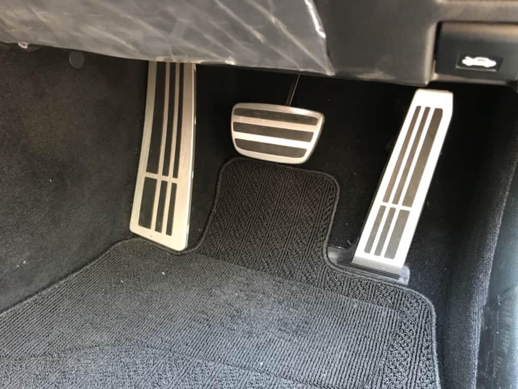 レクサスGSのブレーキ、アクセルペダル