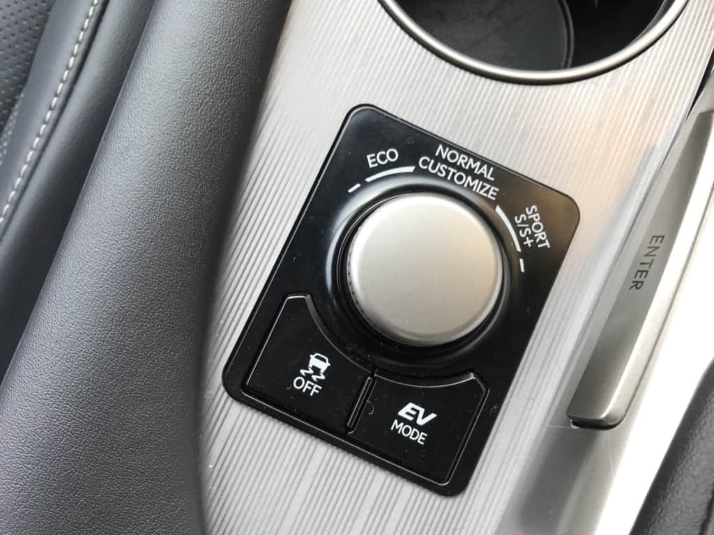 レクサスRXのドライブモード切り替え、EVドライブモード、VSCオフスイッチ