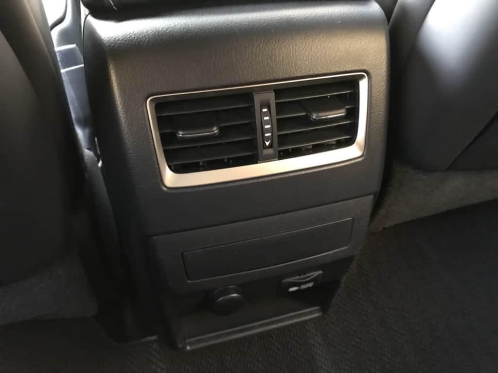 レクサスRXの後部座席用のエアコン吹き出し口