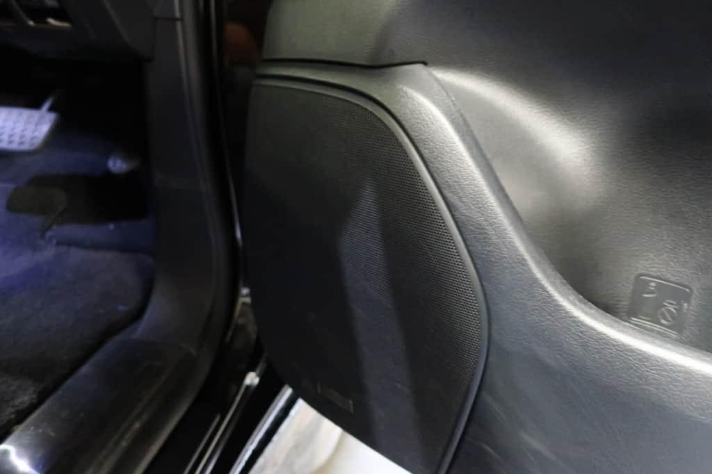 レクサスLXの運転席ドアのスピーカー