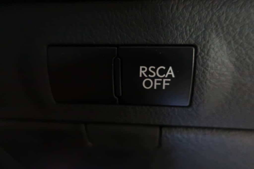 レクサスLXのRSCAオフスイッチ