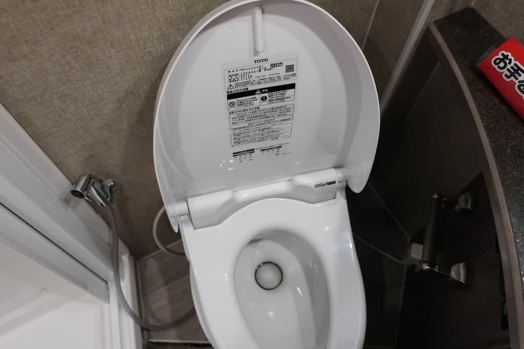 エコノライン ウィネベーゴアスペクトのトイレ