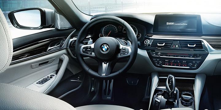 BMW 5シリーズ インテリア
