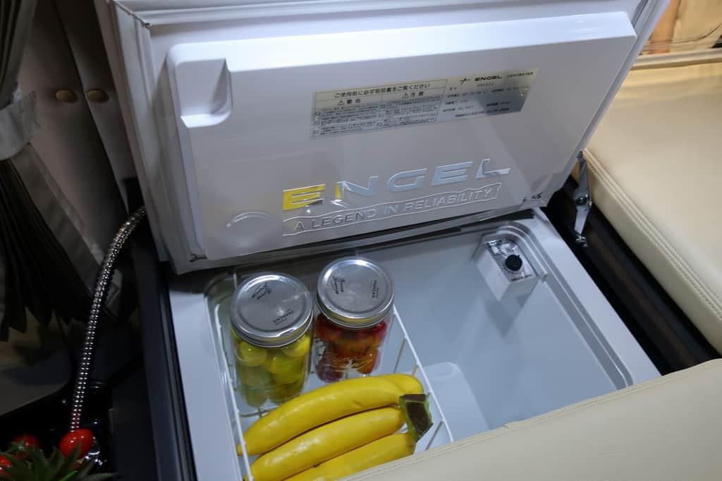 アルヴェルエース プレミアムラウンジ 冷蔵庫
