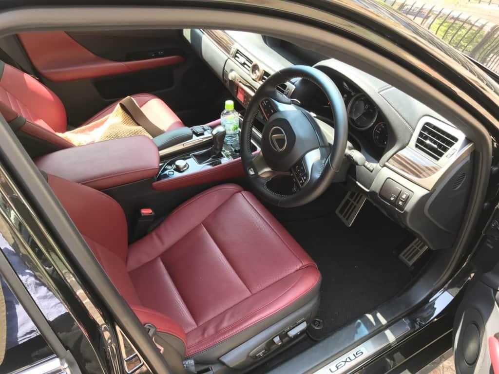 レクサスGS 運転席