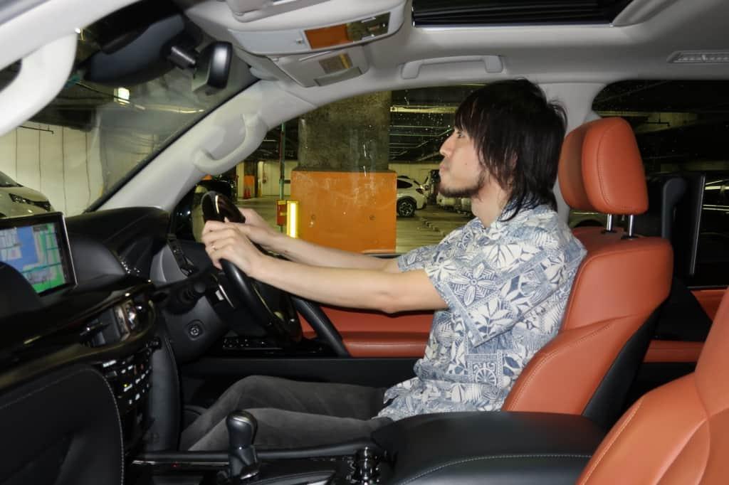 レクサスLX 運転席姿勢