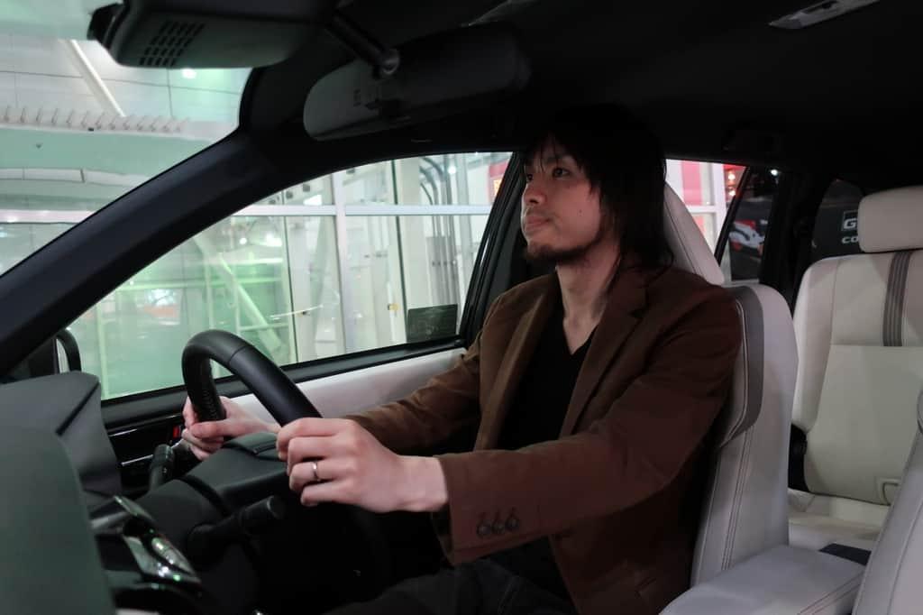 カローラフィールダー 運転姿勢