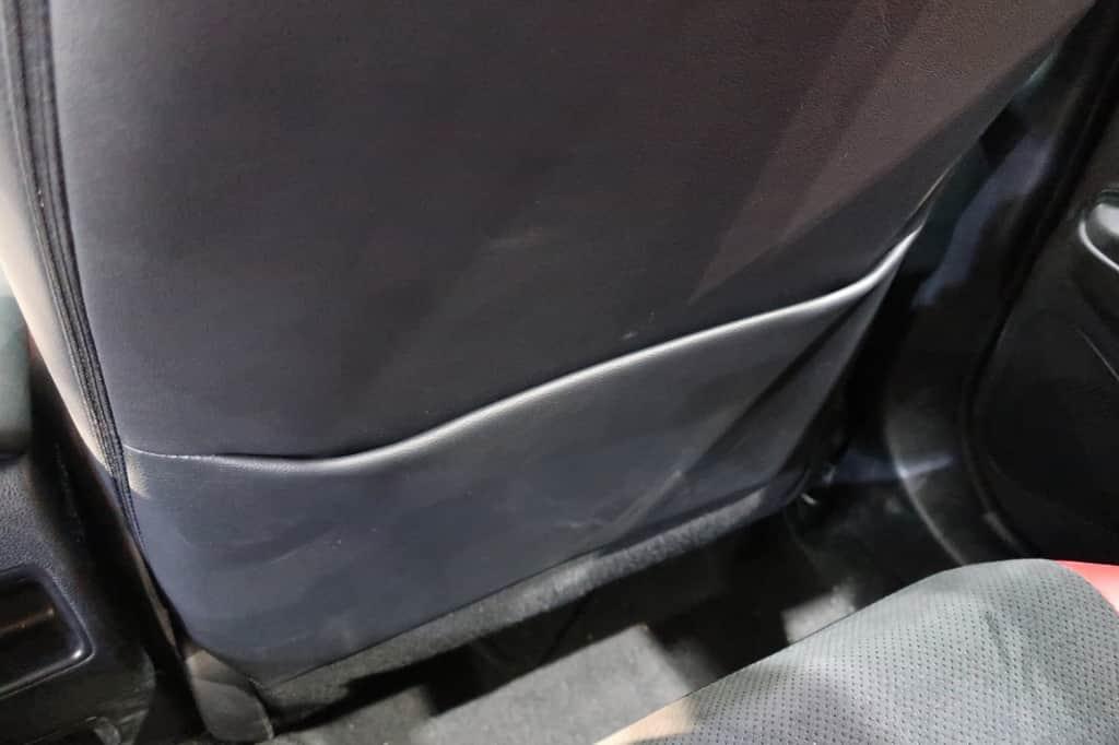 カローラスポーツ 運転席後ろポケット