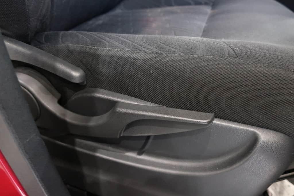 タンク 運転席リクライニングレバー