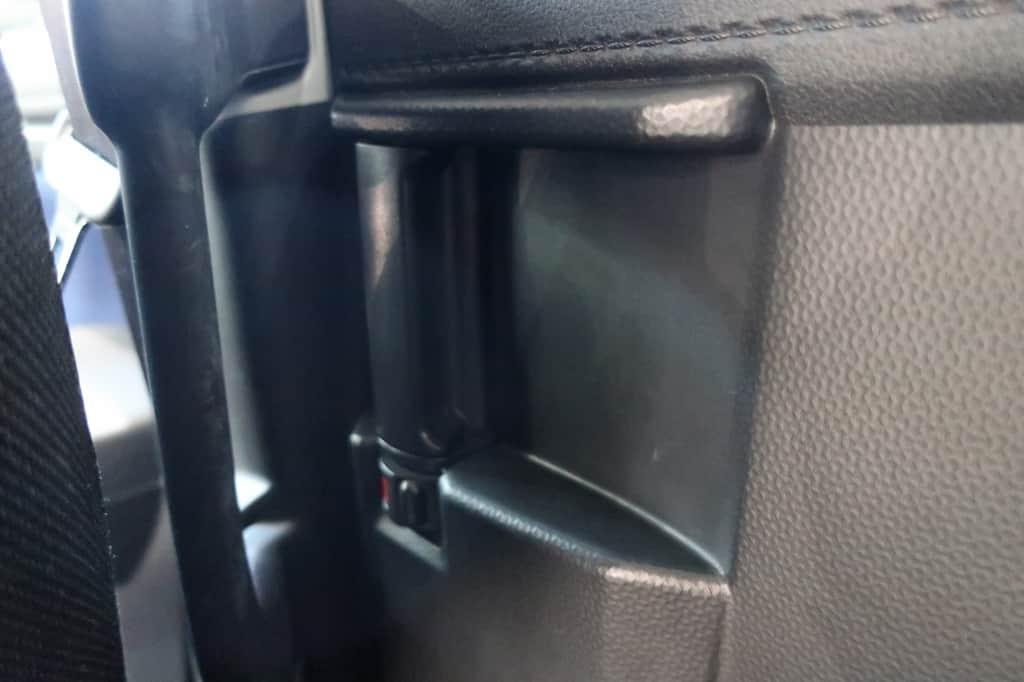 タンク 後部座席インナーハンドル