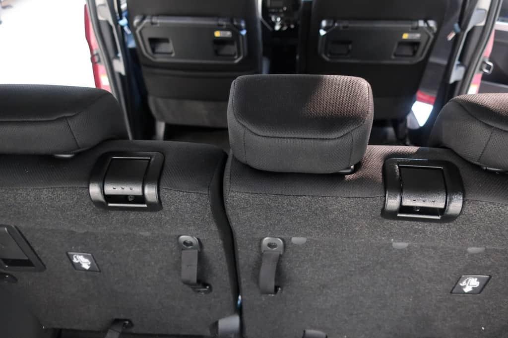 タンク 後部座席リクライニングレバー