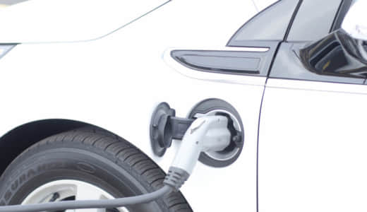 PHEV/PHVの燃費/実燃費は悪い?電気代も含めて計算して比較!
