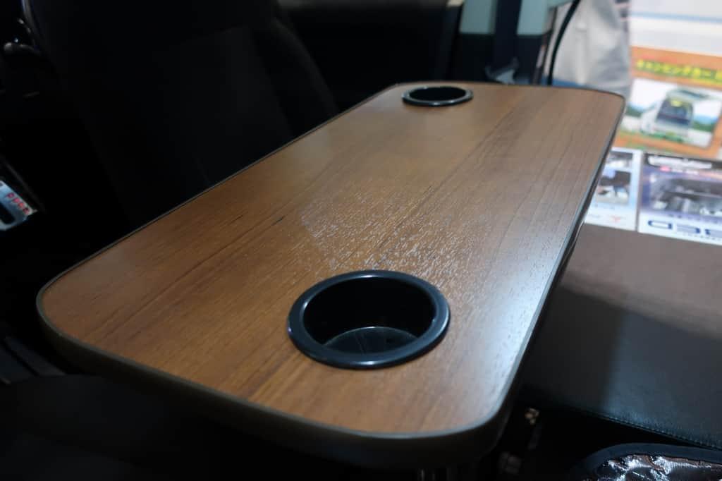 デリカD:POP テーブル