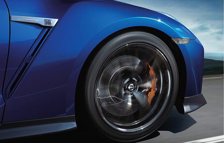 GT-R タイヤ