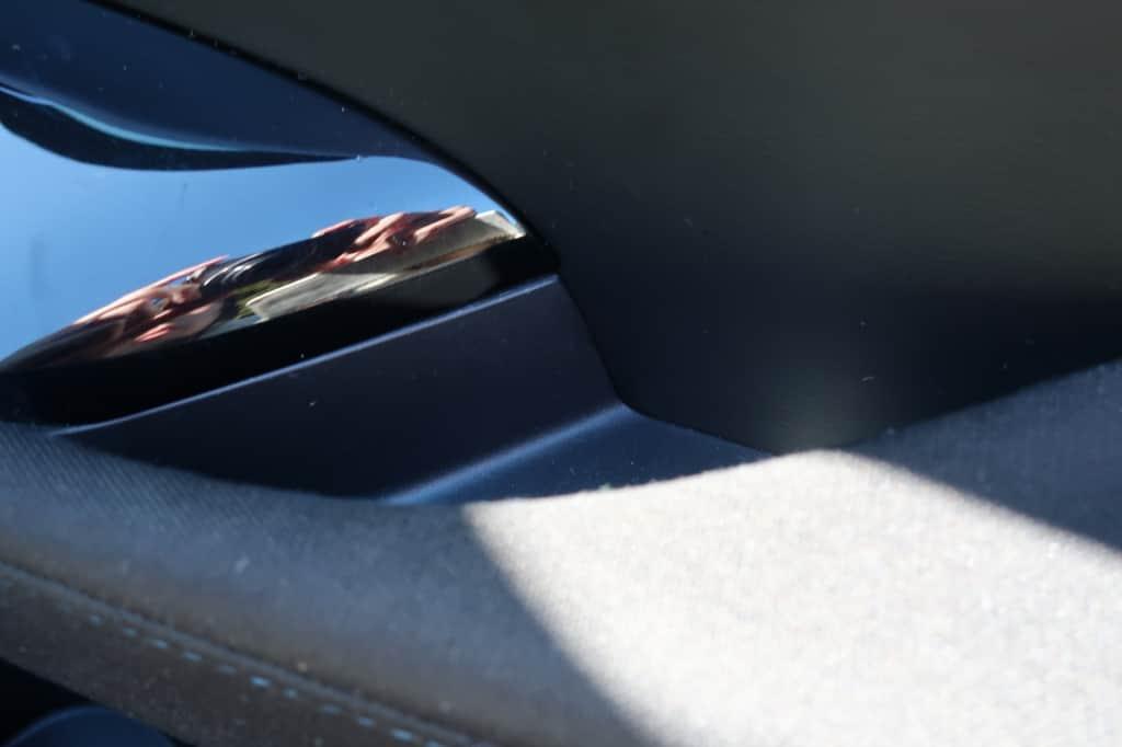 リーフ 運転席ドアポケット