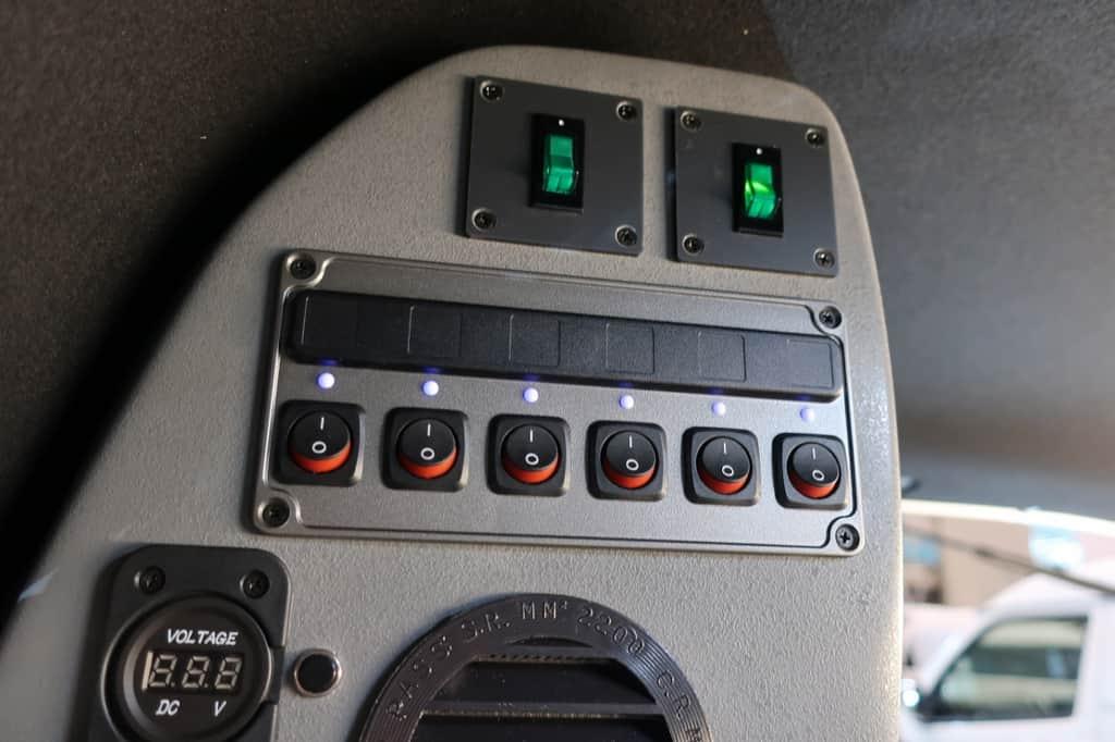 N-VAN ロードセレクト コンパクトN 電源スイッチ