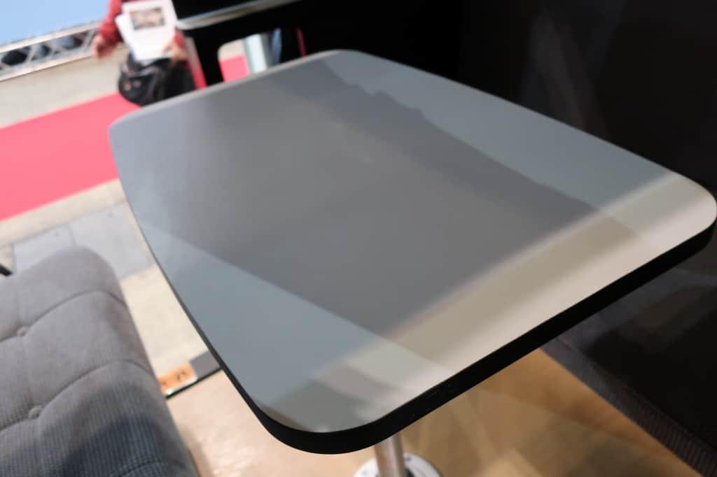 ハイエース TOY'S BOX テーブル