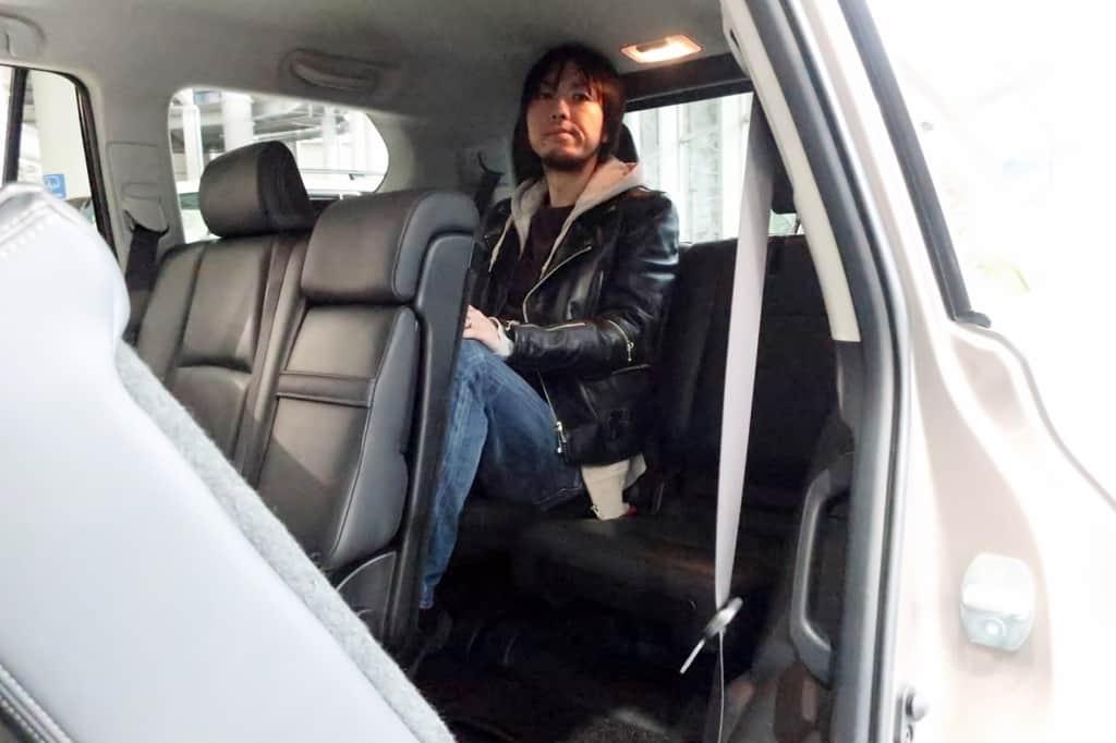 ランドクルーザープラド サードシート姿勢