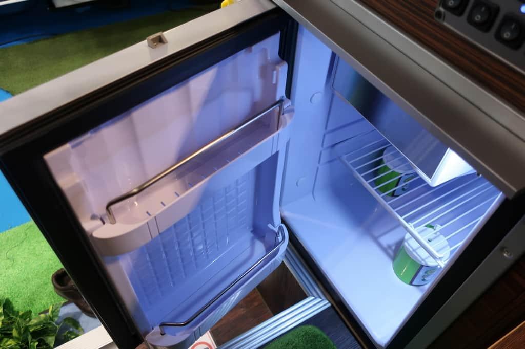 ライトエース レジストロアウル 冷蔵庫