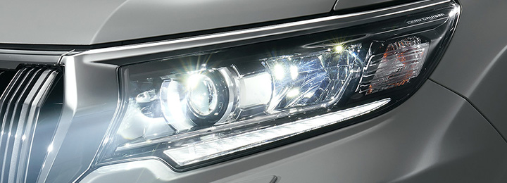 ランドクルーザープラド ヘッドランプ LED(ロービーム<オートレベリング機能付>、クリアランスランプ<デイライト>)+ヘッドランプクリーナー付
