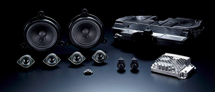 ロードスター Boseサウンドシステム+9スピーカー、CD、DVDプレーヤー+地上デジタルTVチューナー(フルセグ)+シートヒーター