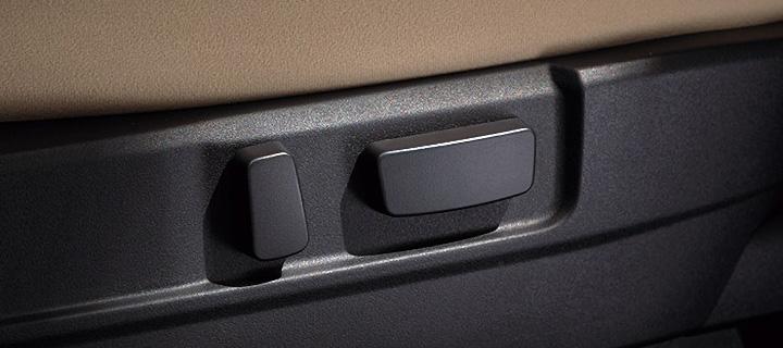 デリカD:5 運転席パワーシート